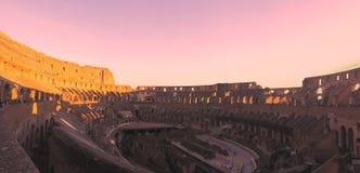 El Colosseum de oro Flavian Amphitheatre fotos de archivo