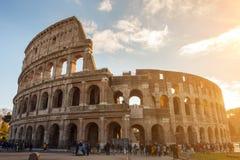 El Colosseum o el coliseo, Flavian Amphitheatre en Roma, Italia imagen de archivo libre de regalías