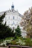 El comenzar de la primavera en el parque hermoso de Zrinjevac el m?s viejo de la ciudad m?s baja en Zagreb imagen de archivo libre de regalías