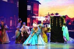 El comerciante del  Arabia-grande del show†de los escenarios de la escala el  del legend†del camino Fotografía de archivo