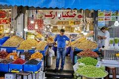 El comerciante iraní está en el mercado, Teherán, Irán Imagenes de archivo
