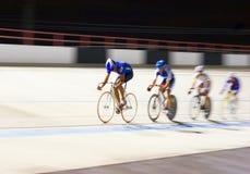 El competir con de la bicicleta Imagenes de archivo