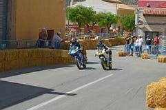 El competir con de la motocicleta del movimiento de dos Imágenes de archivo libres de regalías