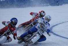 El competir con en el hielo Foto de archivo