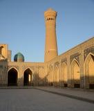 El complejo del Poi Kalyan en Bukhara, Uzbekistán Imagen de archivo libre de regalías