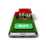 El concepto de propiedad de casa en línea de las ventas está en el illust del teléfono 3d Fotografía de archivo libre de regalías