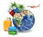 El concepto de vacaciones y de viaje Globo de la tierra con línea aérea Imagen de archivo