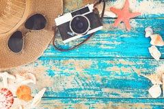 El concepto de viaje del ocio en el verano en una playa tropical de la playa Fotografía de archivo