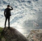 El concepto del negocio de hombre de negocios supera los problemas imagenes de archivo