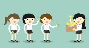 El concepto del negocio, mujer del hombre de negocios está vendiendo su idea a otras mujeres de negocios Foto de archivo libre de regalías
