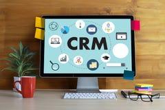 El concepto del servicio del análisis de la gestión de CRM del cliente empresa maneja Foto de archivo libre de regalías