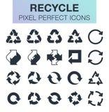 El conjunto de recicla iconos Imágenes de archivo libres de regalías