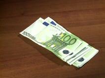 El conseguir pagado en euros metrajes