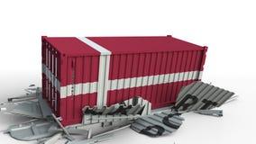 El contenedor para mercancías con la bandera de Dinamarca rompe el envase con el texto de la EXPORTACIÓN Animación conceptual 3D almacen de metraje de vídeo