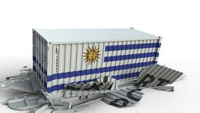 El contenedor para mercancías con la bandera de Uruguay rompe el envase con el texto de la EXPORTACIÓN Animación conceptual 3D metrajes