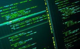 El convertirse del web del sitio usando lengua del PHP Código en el fondo verde oscuro, macro foto de archivo