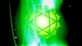 El corazón Chakra Anahata Mandala Spins en campo verde de la energía stock de ilustración