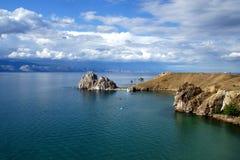 El corazón de Baikal - la roca Shamanka Imágenes de archivo libres de regalías