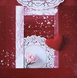 El corazón y se levantó Imagen de archivo libre de regalías