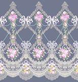El cordón horizontal de la frontera del modelo de la tela florece la guirnalda Foto de archivo