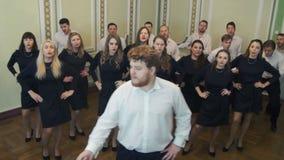 El coro canta a golpe el camino Jack almacen de metraje de vídeo