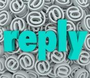 El correo electrónico de la respuesta de la contestación entrega envía el mensaje de la respuesta Fotografía de archivo libre de regalías