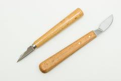 El cortador de talla de madera foto de archivo