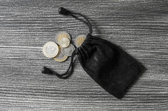 El corte de la moneda, moneda, lira turca, mina la lira turca, Fotos de archivo libres de regalías