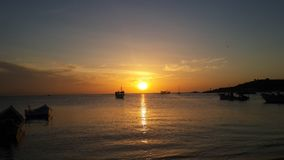 El crepúsculo del pescador Imagenes de archivo