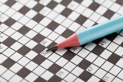 El crucigrama y se corrige Imagen de archivo