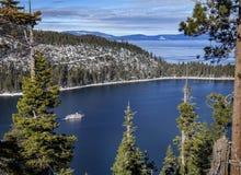 El cruzar de Tahoe del invierno fotos de archivo