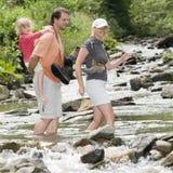 El cruzar a través del río Imagen de archivo libre de regalías