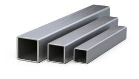 El cuadrado de acero instala tubos perfil Imágenes de archivo libres de regalías