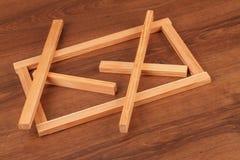El cuadrado de madera Scantling del listón en la madera fotos de archivo libres de regalías
