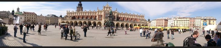El cuadrado de mercado principal en Kraków Fotografía de archivo libre de regalías
