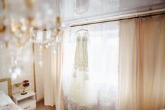 El cuarto con el vestido imagen de archivo libre de regalías