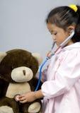 El cuidar para el oso 4 Fotografía de archivo libre de regalías