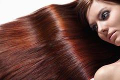 El cuidar para la salud del pelo Imagen de archivo libre de regalías