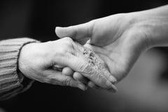 El cuidar para los ancianos Imagen de archivo libre de regalías