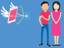 El cupido apuntó la flecha un par de metáforas del amor a en línea Imagen de archivo libre de regalías