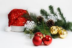 El día de fiesta de la Navidad y del Año Nuevo presenta el ajuste con el sombrero de Papá Noel celebración Blanco aislado Fotografía de archivo libre de regalías
