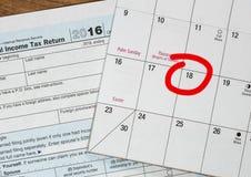 El día del impuesto para 2016 devoluciones es el 18 de abril de 2017 Foto de archivo libre de regalías