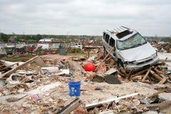 El daño después de un F5 rasgó a través de Moore Oklahoma Imagen de archivo