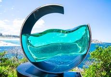 El ` de la alta marea del ` es ilustraciones esculturales de Tsukasa Nakahara en la escultura por los eventos anuales del mar lib fotografía de archivo