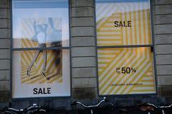 el 50% de venta en los grandes almacenes de Magasin du nord Imagen de archivo libre de regalías