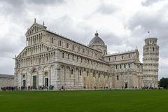 El dei Miracoli de la plaza, conocido formalmente como Piazza del Duomo se reconoce como centro importante imagen de archivo libre de regalías