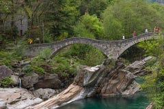 El dei Salti de Ponte en el valle de Verzasca, Suiza Imágenes de archivo libres de regalías