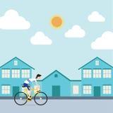 El deportista está montando una bicicleta en ciudad Imagen de archivo libre de regalías