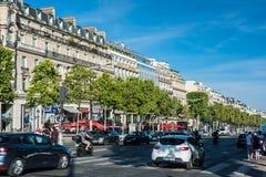 El DES Champs-Elysees de la avenida Imagenes de archivo
