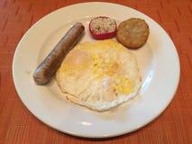 El desayuno occidental del estilo es común fotos de archivo